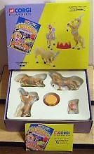 CORGI CLASSICS 31901 1:50 1:43 SCALE Mary Chipperfields Liberty Horses. Contains