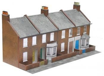 SUPERQUICK C6 00 GAUGE Four Red Brick Terraced Fronts Low Relief Card Kit